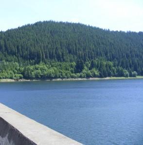 Statiunea si Lacul Belis Fantanele