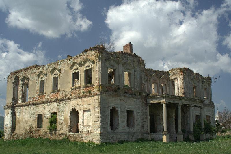 Castelul Haller – ruina de langa Cluj