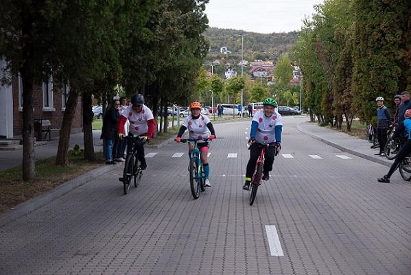 Bilanț Liberty on Bike 2019: peste 30 de biciclete și pachete de rechizite  pentru copii defavorizați din Cluj