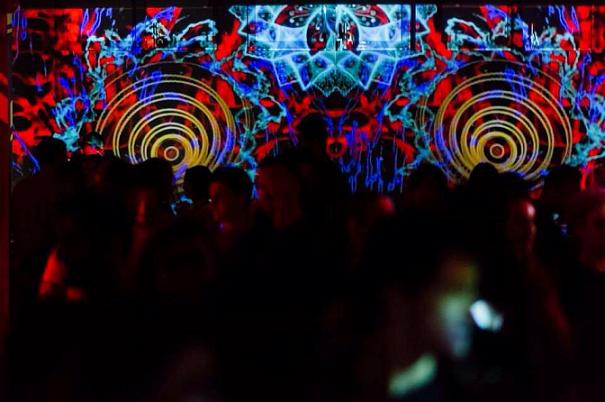 Trei artiști proiectează la Cluj în cel mai mare proiect național colaborativ de video-mapping