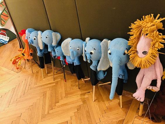 Expoziția Muzeul Păpușilor
